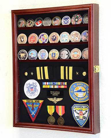 Challenge Coin / Medals / Pins / Badges / Ribbons / Insignia / Buttons Display Case