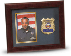 US Police Officer Medallion Portrait Picture Frame - 4 x 6 Picture Opening