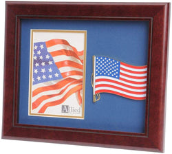 US American Flag Medallion Portrait Picture Frame - 4 x 6 Picture Opening