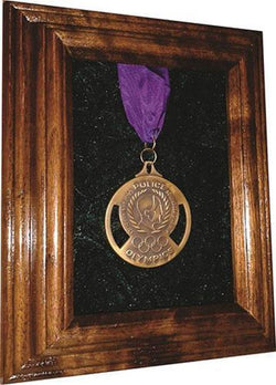 Flag Connections Single Medal Award Display Case - 5x7 Walnut (Green Velvet).