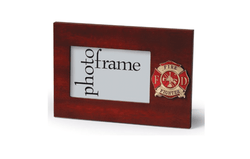 US Firefighter Medallion Desktop Landscape Picture Frame - 4 x 6 Inch