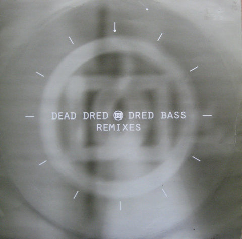 "DEAD DREAD FEATURING ASEND & ULTAVIBE : "" DRED BASS ( B2B REMIX )"" / "" DRED BASS ( MANIC ONE REMIX )"" (1994) 10 INCH MOVING SHADOW RECORDS"