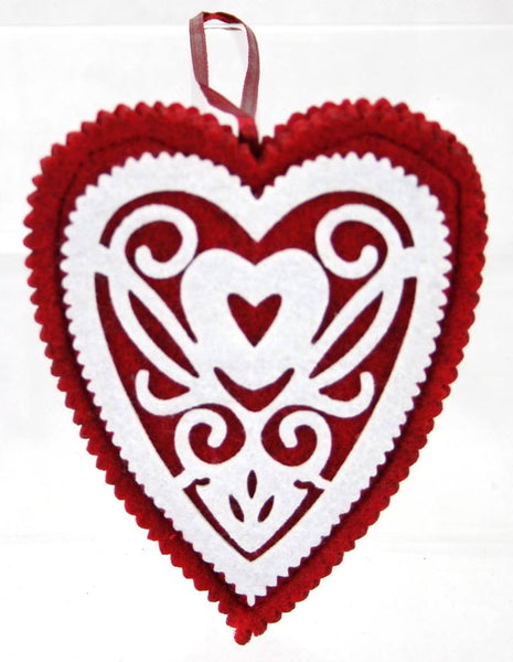 Felt flat Nordic Heart with filigree