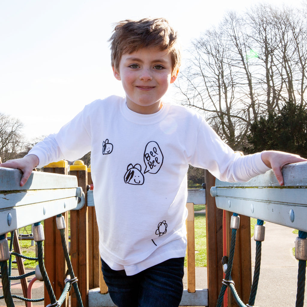 Kids bumble bee print tshirt unisex can be personalised