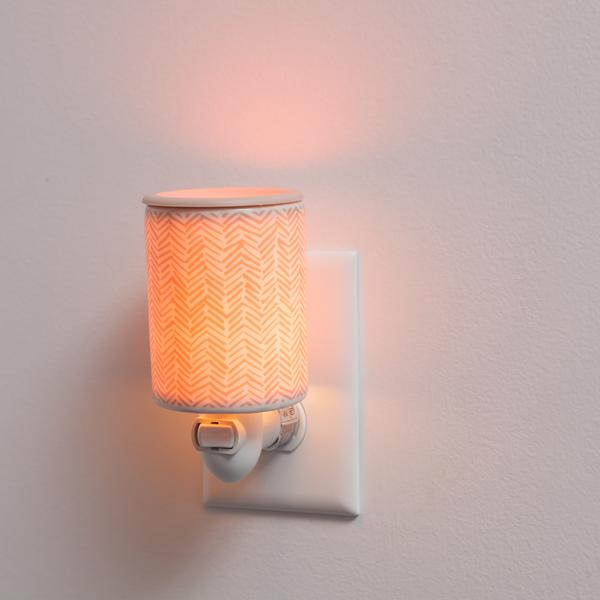 Herringbone Outlet Plug-In Wax Warmer