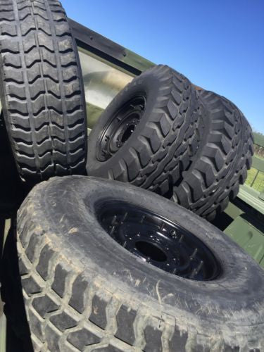 Original Humvee (TM) Spare Tire for the military Humvee / M998 / HMMWV