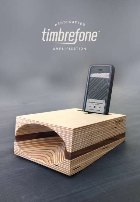 Timbrefrone Banner: Walnut