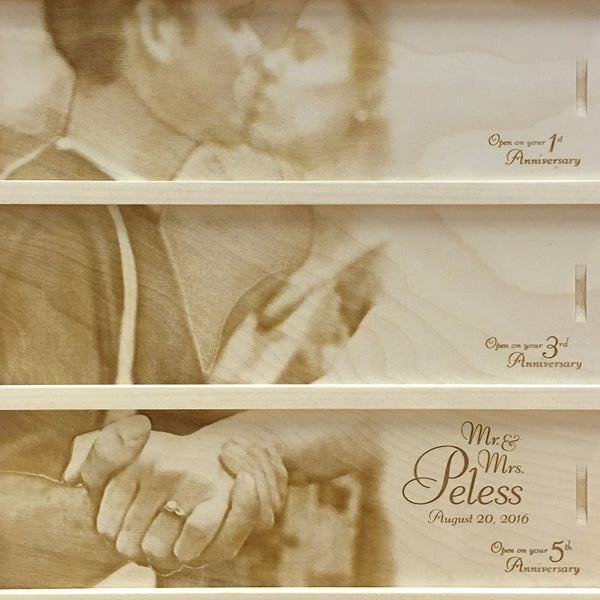 Couple holding hands - Photo Anniversary Wine Box