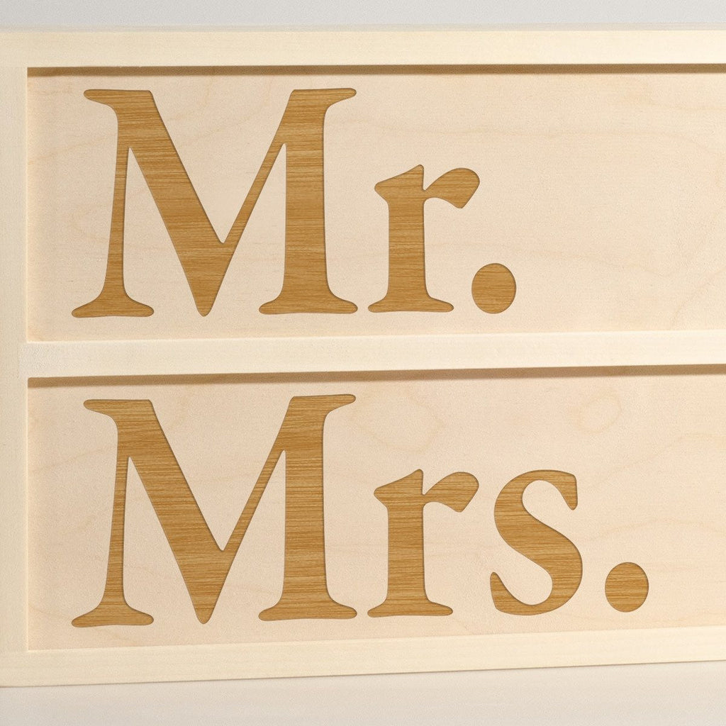 Mr. & Mrs. - Wine Box - Detail Image