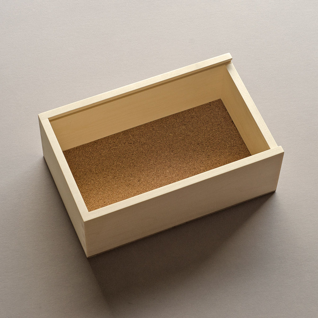Keepsake Shoebox - Inside - Artificer Wood Works