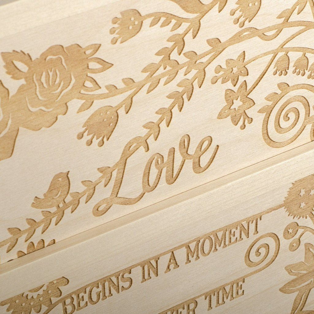 Eternal Love Anniversary Wine Box - Detail Image 3