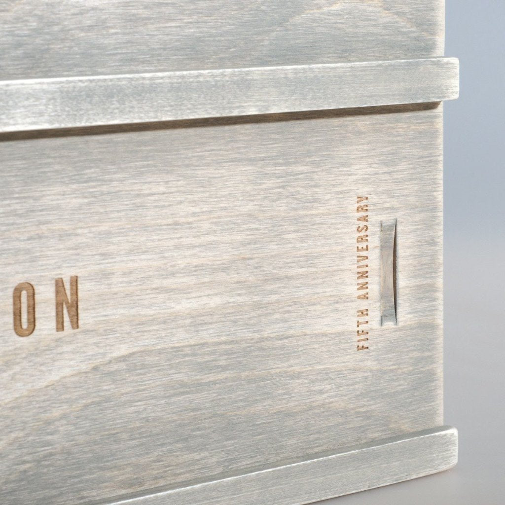 Going Coastal Anniversary Wine Box - Detail Image 2