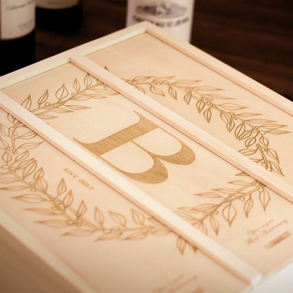Monogram Cottage Wedding Wine Box - Detail Image 2
