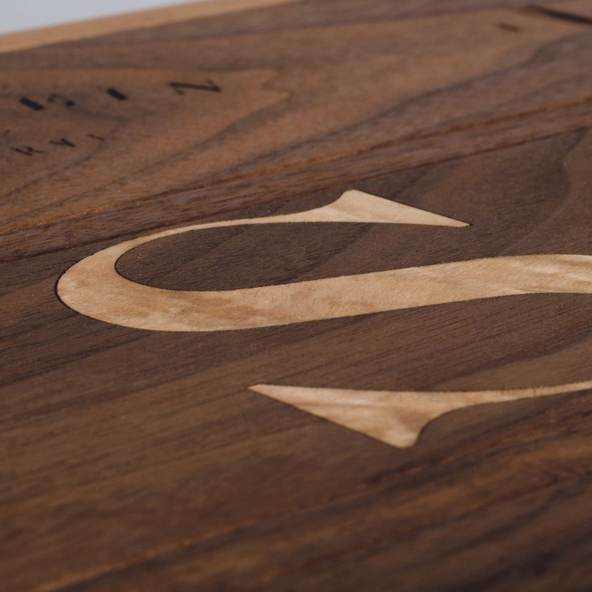 Walnut Trio - Inlaid Wine Box - Detail Image 1