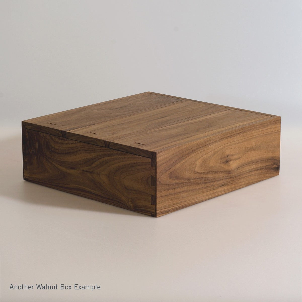 Walnut Trio - Inlaid Wine Box - Detail Image 8