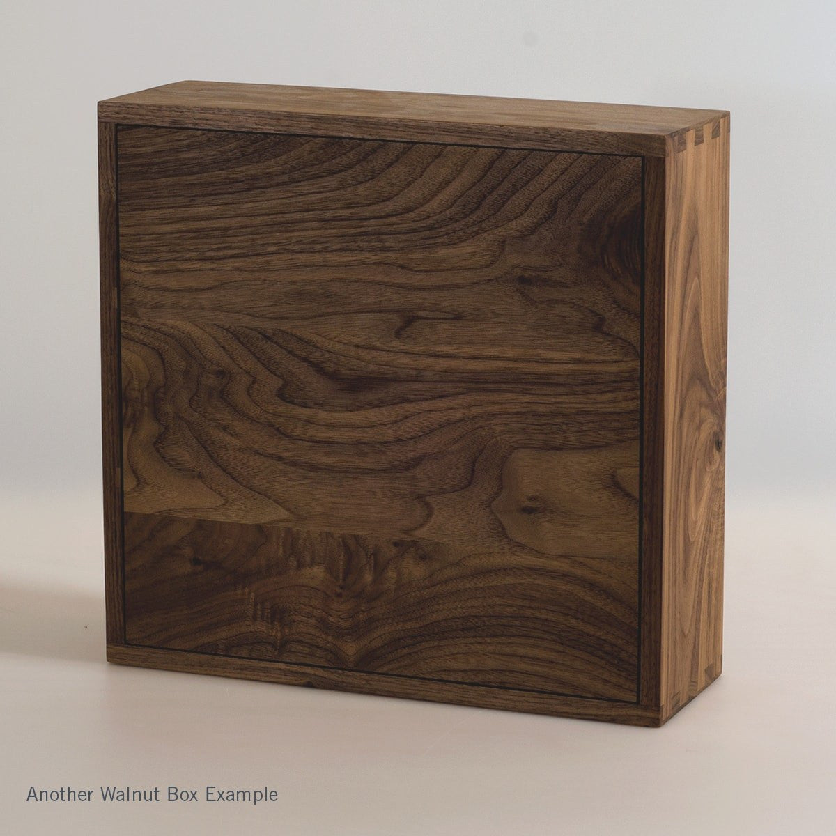 Walnut Trio - Inlaid Wine Box - Detail Image 9