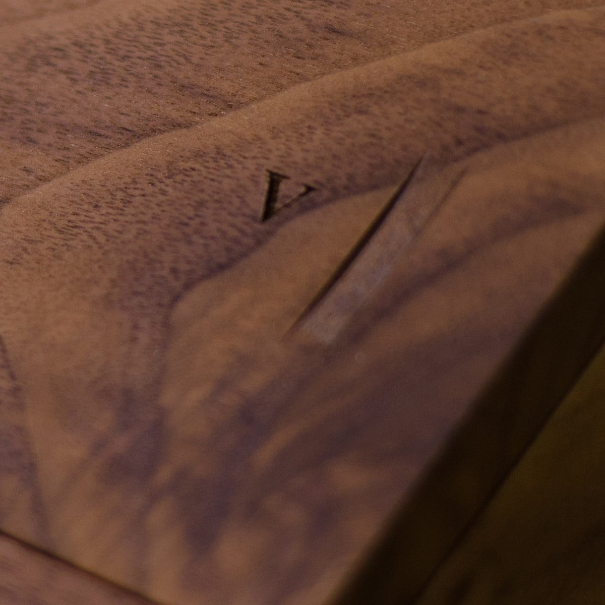 Walnut Trio - Inlaid Wine Box - Detail Image 4
