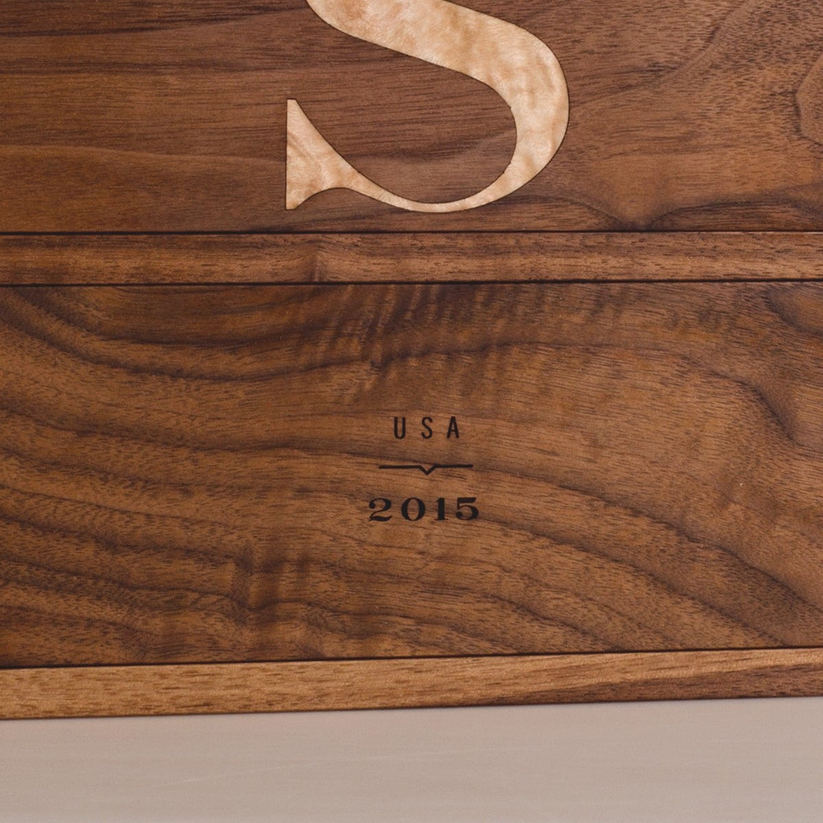 Walnut Trio - Inlaid Wine Box - Detail Image 3