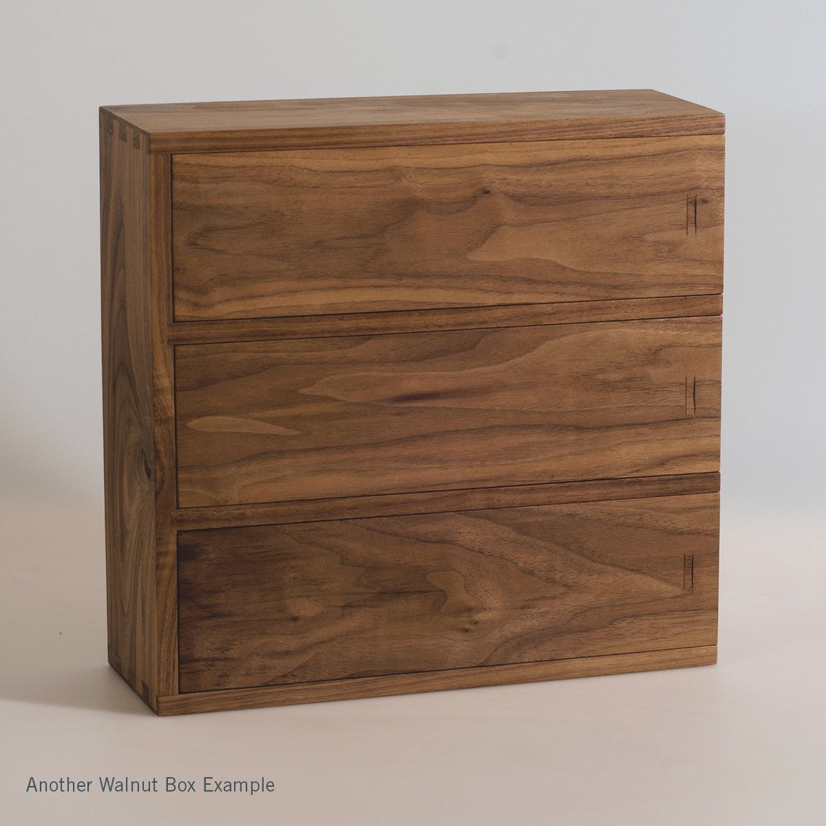 Walnut Trio - Inlaid Wine Box - Detail Image 6