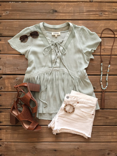 SWEET ADVENTURE MINT LACE UP TOP