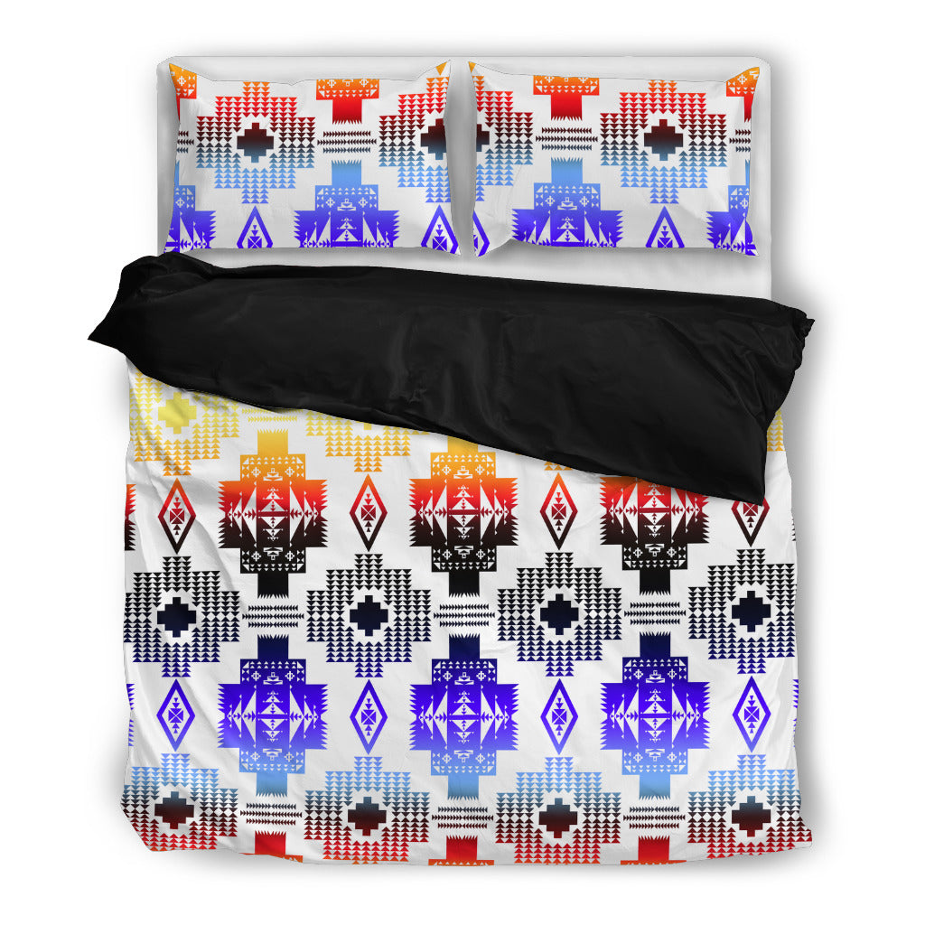 Seven Tribes Horizon Whit Bedding Set