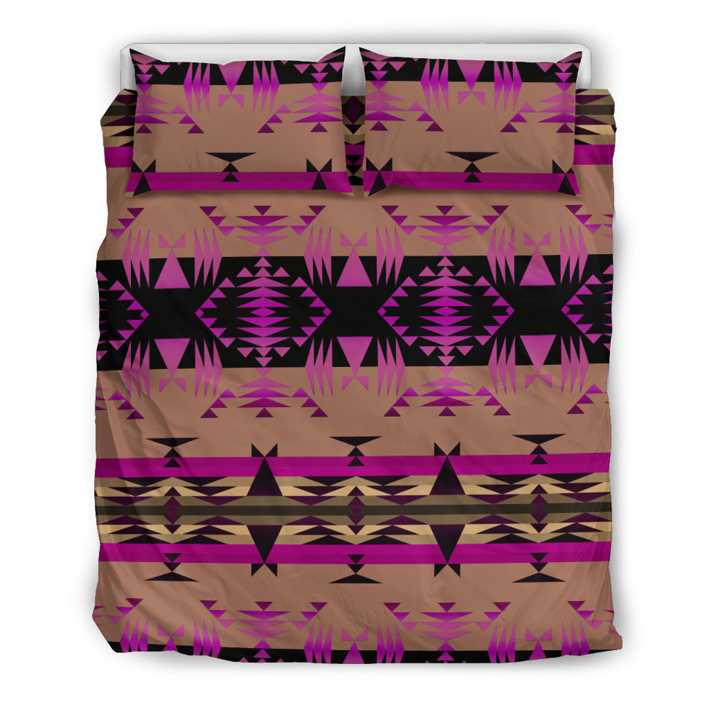 Between the Mountains Berry Bedding Set