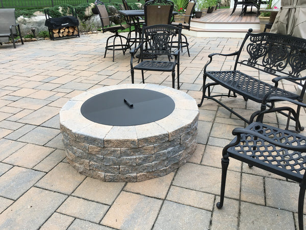 PitTTopper Round Fire Pit Cover Customer Photo Stone Fire Pit on Patio