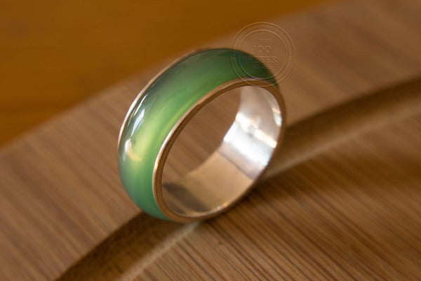 lumiscent ring - green - Bali Moon jewelry, handmade by Balinese silvermsmiths and carving artists, limited edition, Boho, Tribal, Ethno style