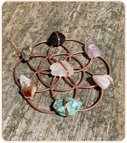 rose gold crystal grid with 7 stones