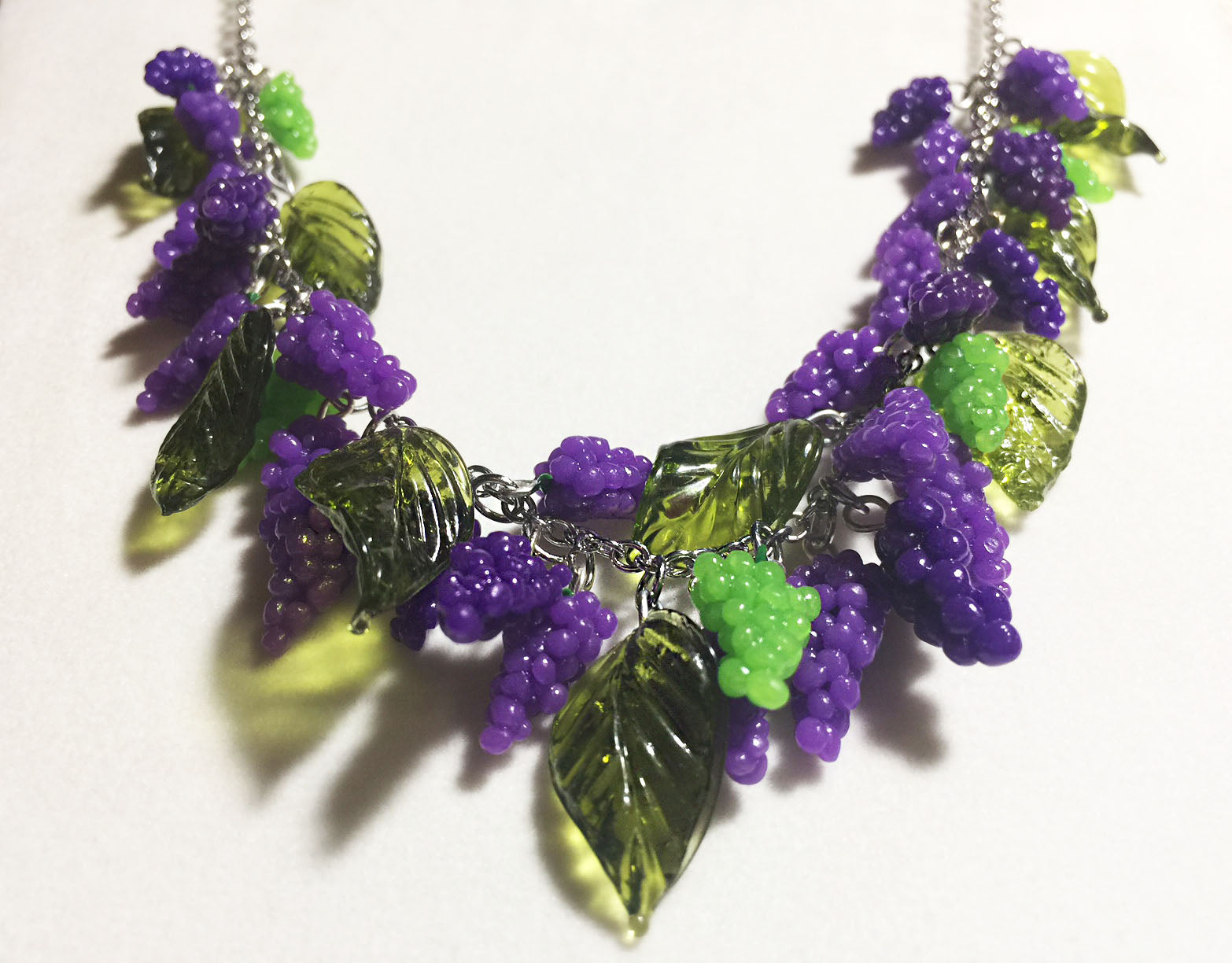 Grape Vine Pinup Necklace