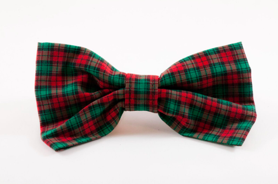 Classic Red and Green Christmas Plaid Dog Bow Tie