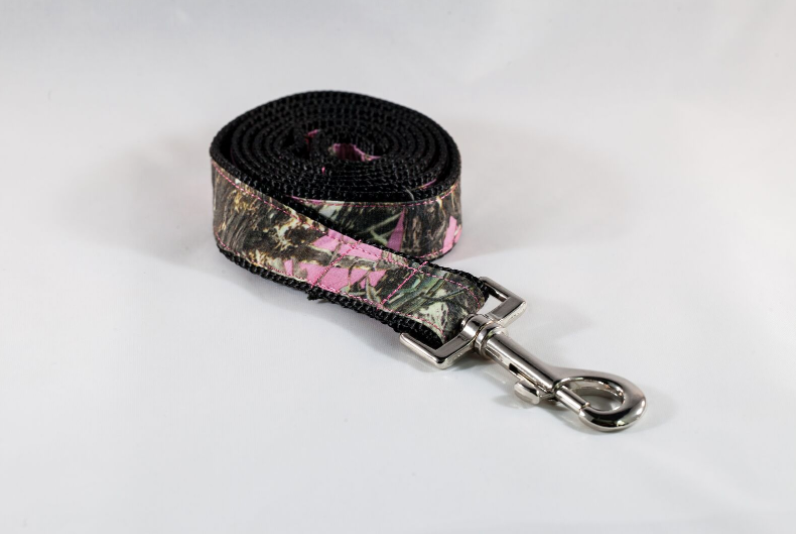 The Sporting Pup 4 Foot Pink Camo Dog Leash