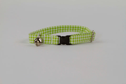 Preppy Green Seersucker Gingham Kitty Cat Collar