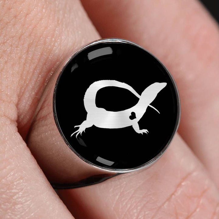 Adore Ackie Monitors Ring