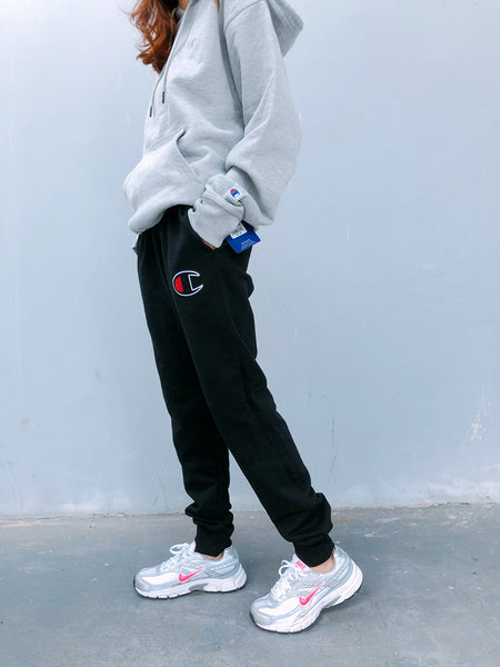 Champion Unisex Powerblend Fleece Joggers Chainstitch Script