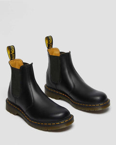 Dr. Martens Unisex 2976 Yellow Stitch Smooth Leather Chelsea Boots