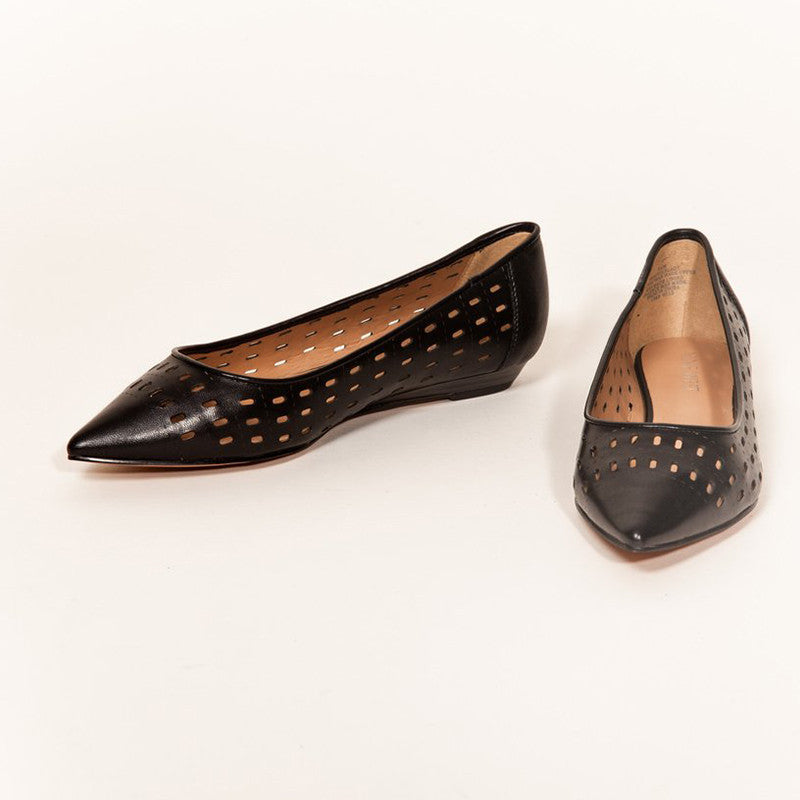 Nine West - SINGLELADY leather flat in Black