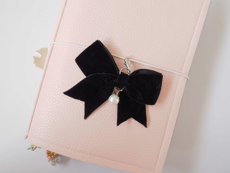 VELVET BOW PLANNER CHARM-The GP Studio