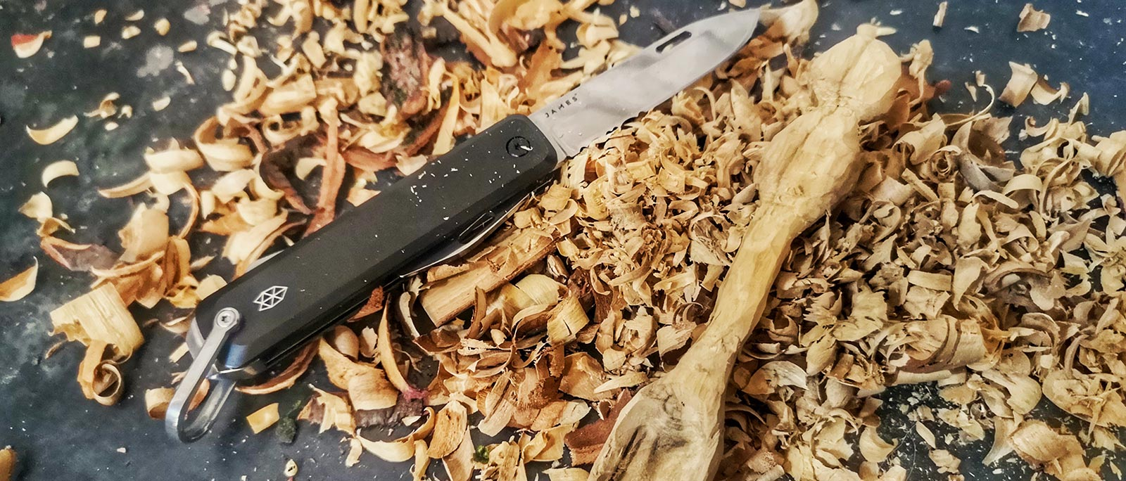 Spooncarving | Simple Spoon Carving | Journal article | Wildbounds