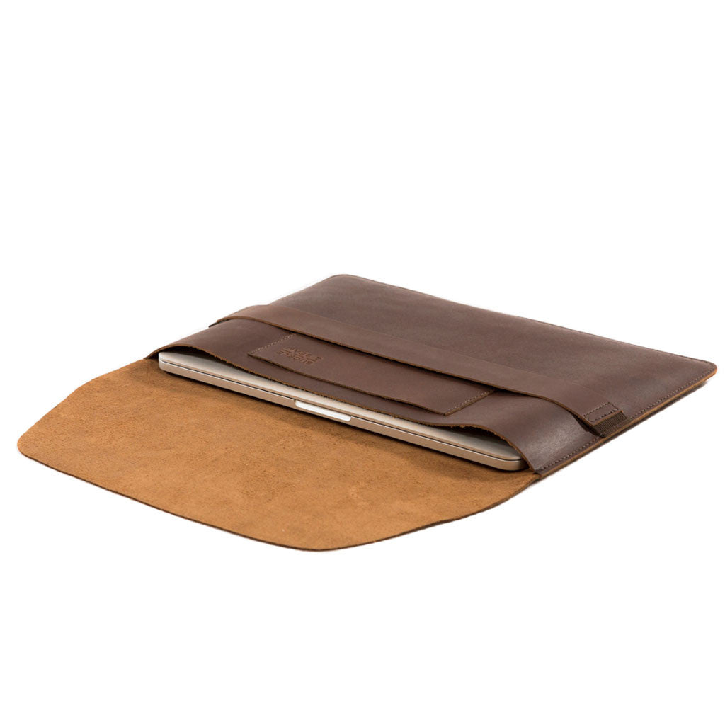 Terra 13 inch layingview BuckleandSeam vintage leather macbook sleeve buy online