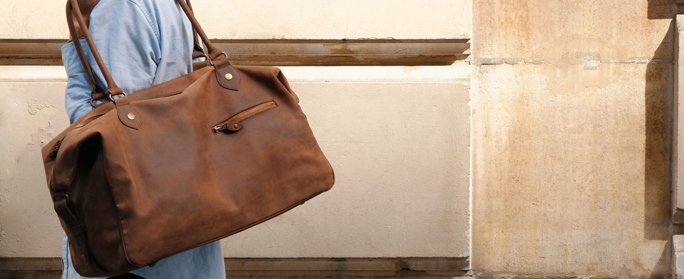 Buckle & Seam laptop sleeve terra leather bag