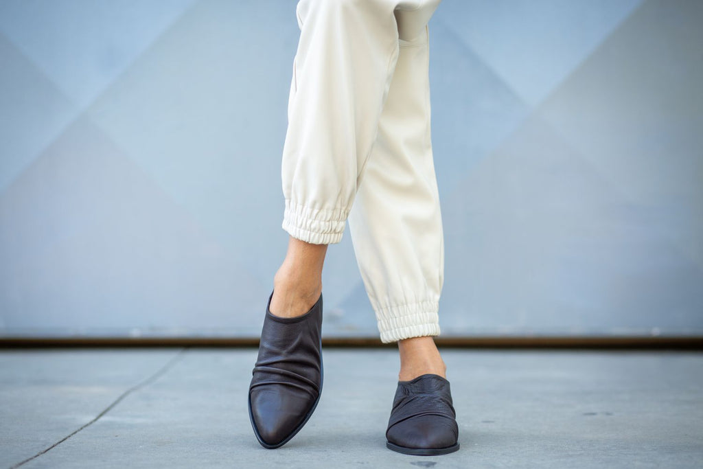 Vittoria - Gray Taupe - Abramey Shoes