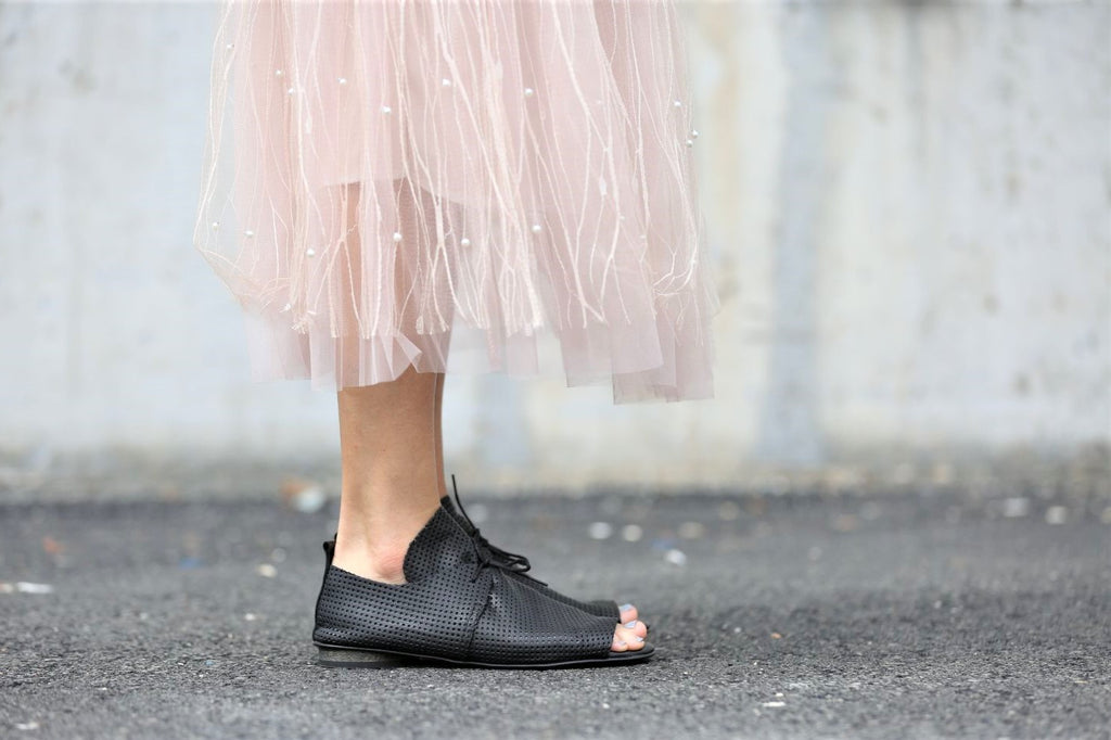 Laura - Black - Abramey Shoes