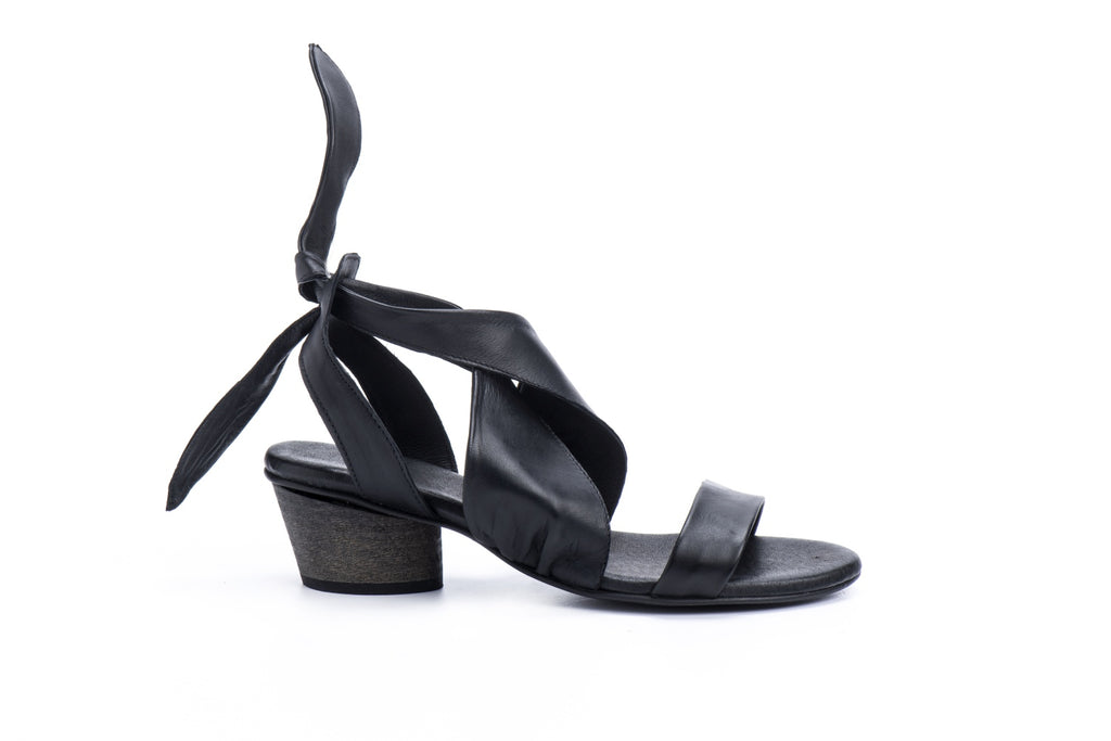 Lola - Black - Abramey Shoes
