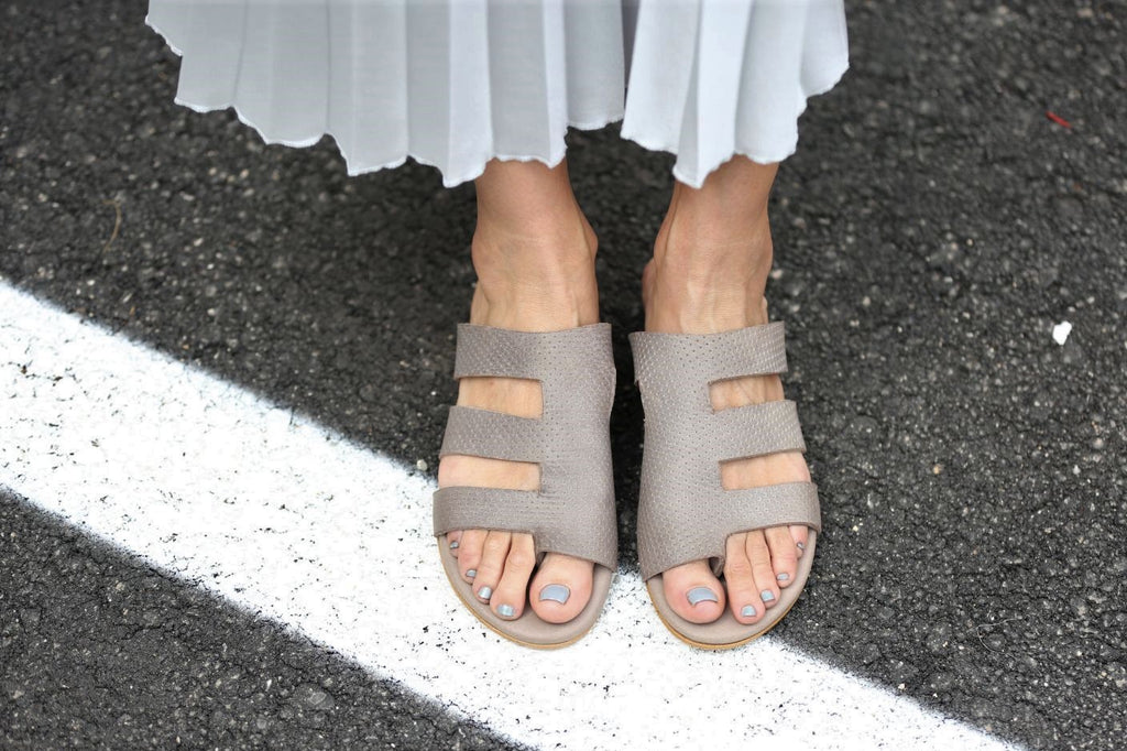 Lorella - Gray - Abramey Shoes