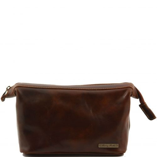 f2b020f620 Ronny - Leather toilet bag - The Leather Vault of Stamford