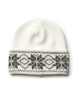 White nordic wool hat with grey pattern