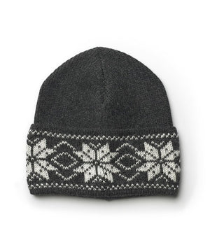 Black nordic wool hat with white pattern