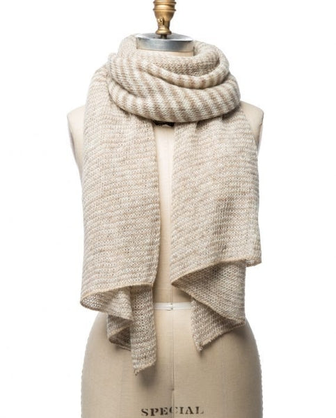 Beige and white mixed stripes large wool scarf young woman