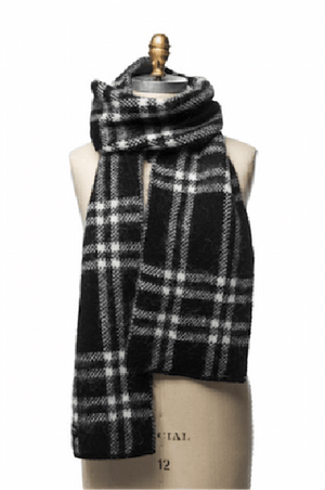 Black and white checkered men´s wool scarf